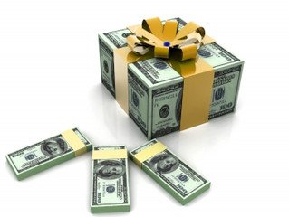 Know the tax rules for gifts to employees and customers
