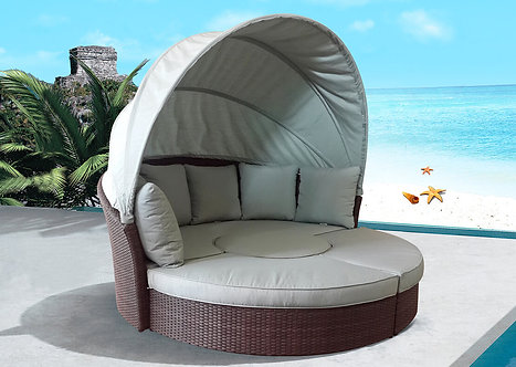 Resort Central Lounge Bed with Folding Cover