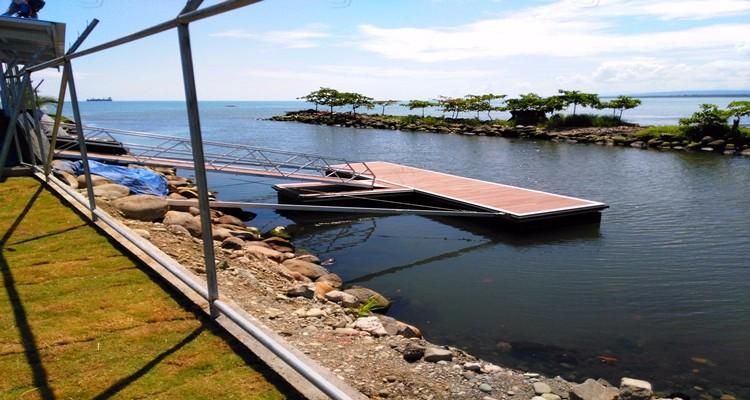 8 x 2m Dock with Brace Arm