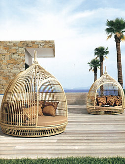 Birds Nest Outdoor Lounge