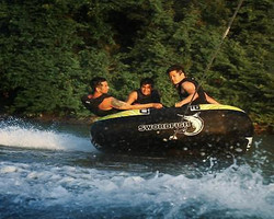 new-swordfish-inflatable-towable-water-ski-tube-cube-large-4-person-water-sport-8c051e9590d847439415