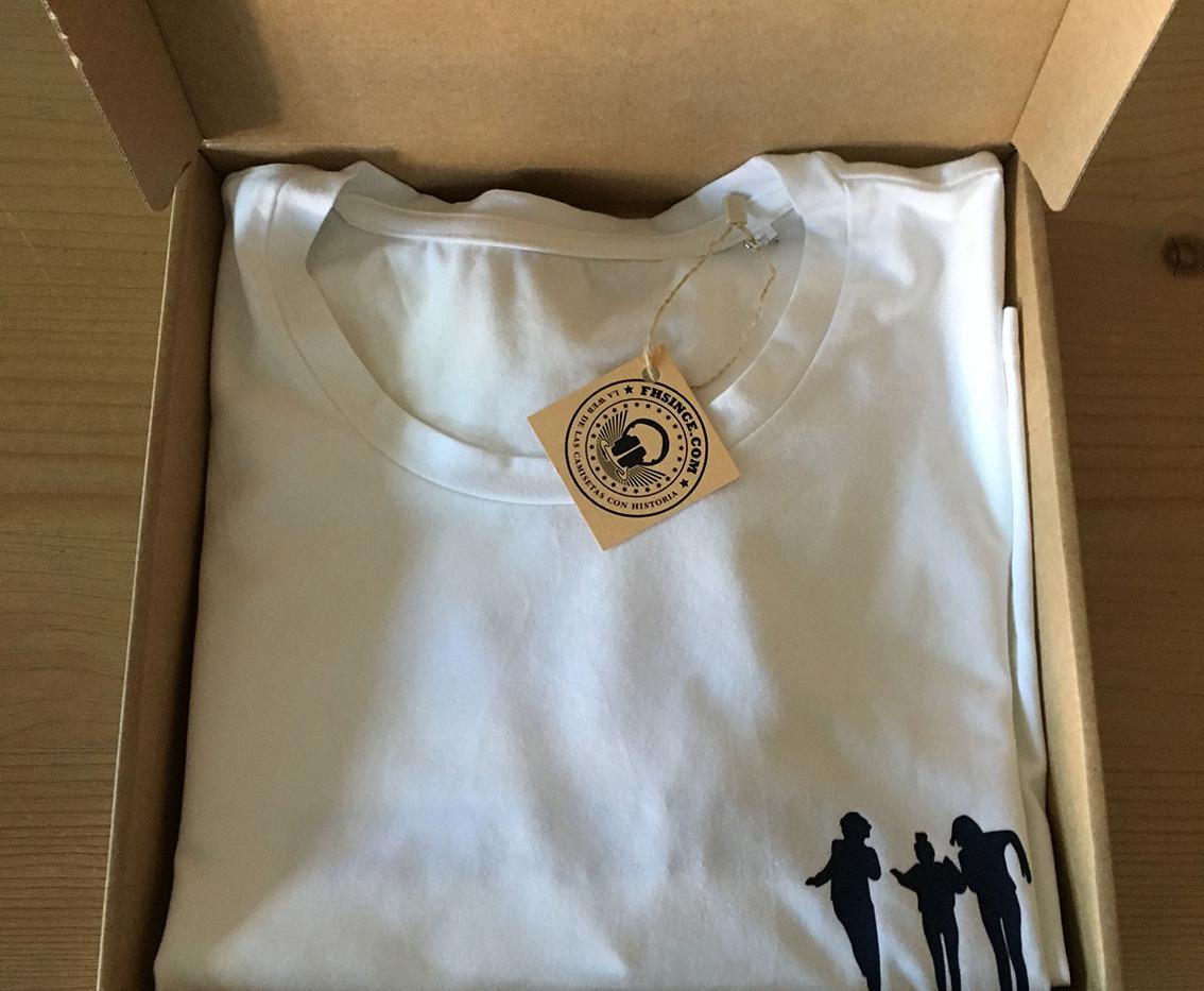 camiseta sihouette blanca/azul marino fhsince