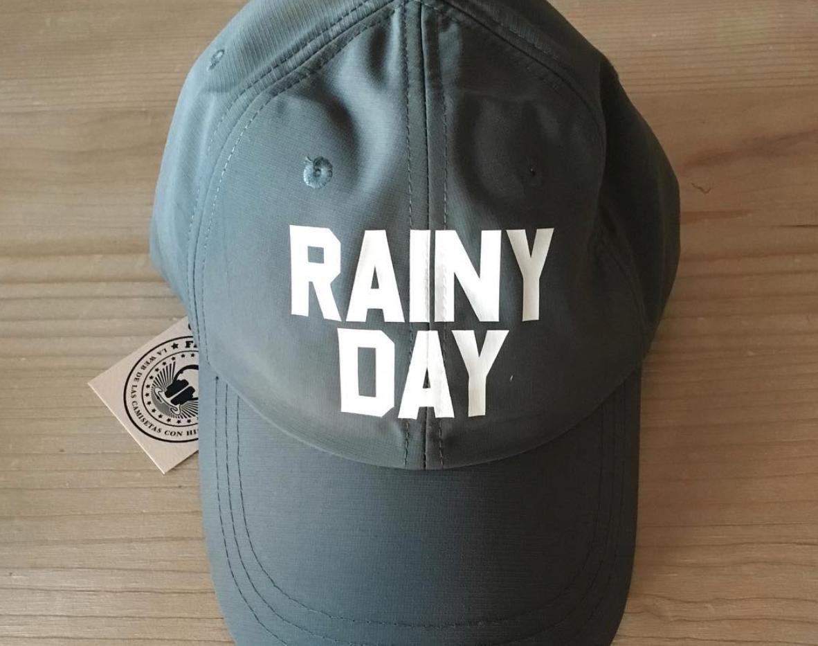 gorra lluvia.png