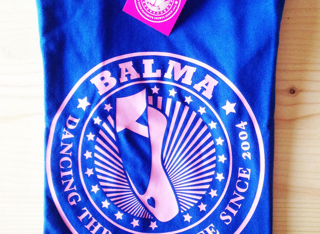 camiseta bailarina azul royal/rosa claro