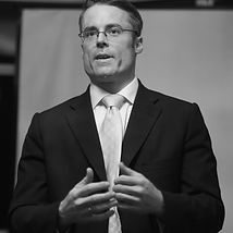Prof.-Dr.-Oliver-Klein sw.jpg