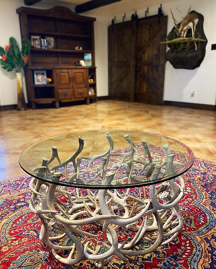 DOUBLE SIDED ROUND WHITETAIL ANTLER COFFEE TABLE