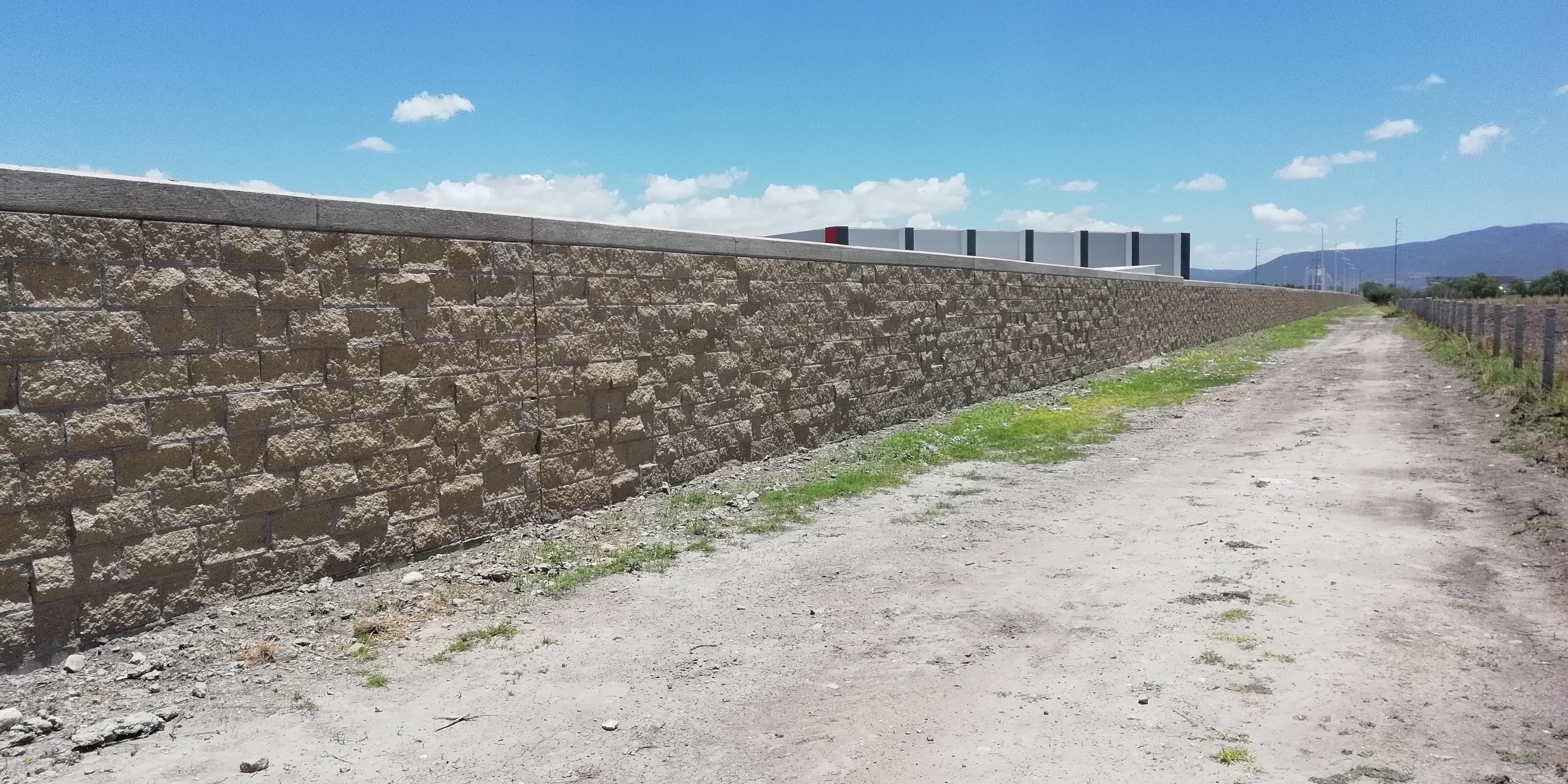 Barda Perimetral UPSRJ