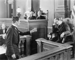 L'avvocato può testimoniare sugli ex clienti ma su fatti estranei al mandato