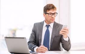 Intimare Il licenziamento è possibile anche con WhatsApp