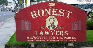 Conflitto di interessi avvocato