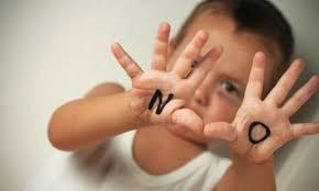 Figlio in comune senza mai aver convissuto: è configurabile il reato di maltrattamenti in famiglia?