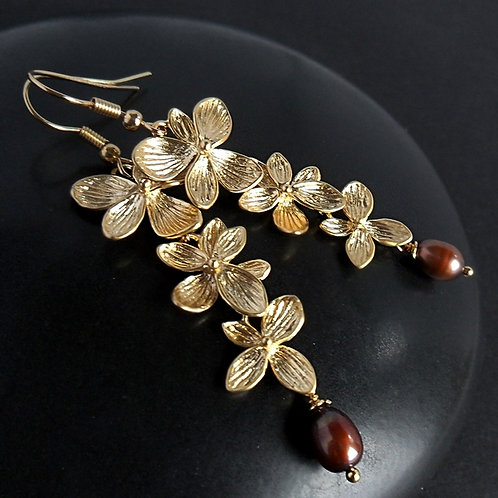 Golden flowers with brown pearls - elegant long earrings