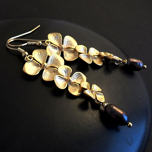 Gold flowers with blue pearls - elegant long earrings