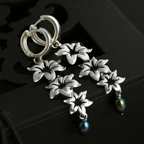 Morning Glory - sterling silver earrings with flowers and pearls