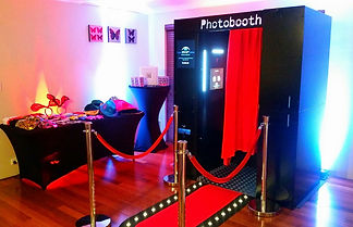 Classic Photo Booth - Perth Photo Booth Hire  I  Wedding, Corporate, Birthday