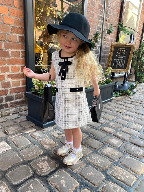 Emmie Pinafore