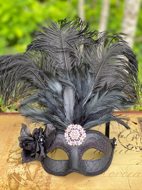 Feathered Mask in Black