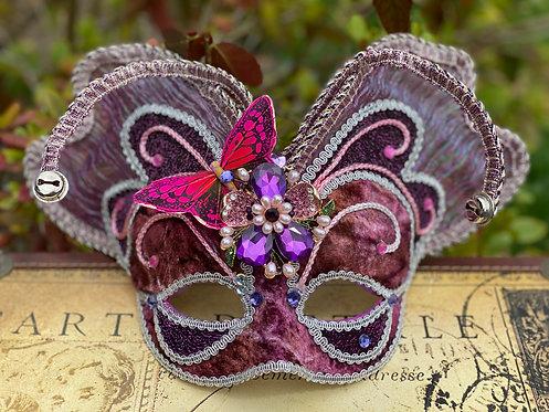 Mariposa Hermosa Mask in Purple