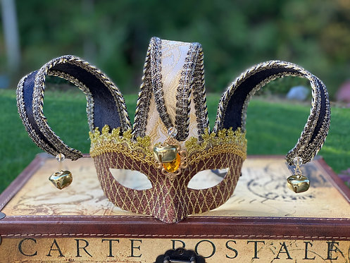 Jester Mask in Brown