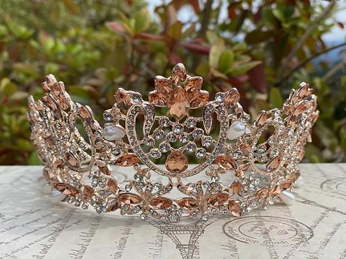 Elegant Coronation Tiara in Rose Gold