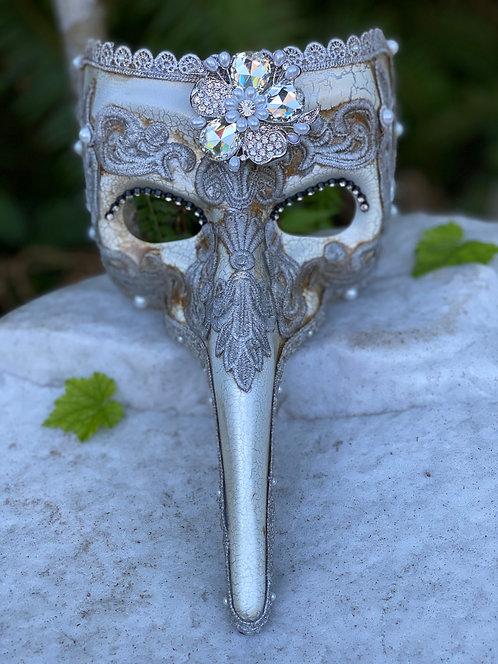 Brocade Casanova Mask in Silver