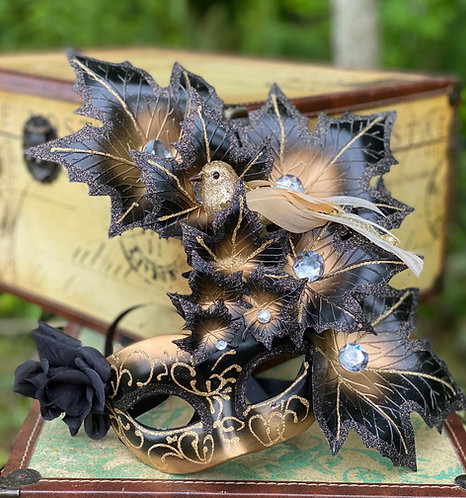 Autumnal Reverie Mask in Black/Gold