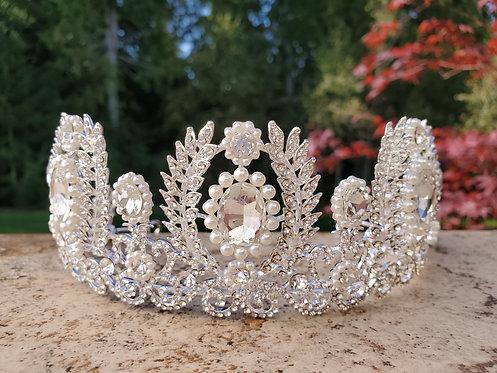 White Crystal Vine Crown