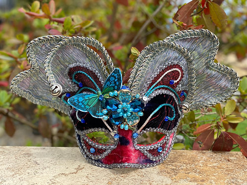 Mariposa Hermosa Mask in Red/Blue