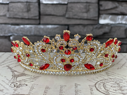 Queen Tiara in Red