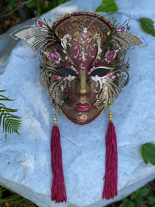 Full Face Dragonfly Mask in Red/Gold