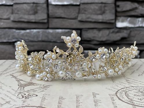 Pearl Garden Tiara in Gold