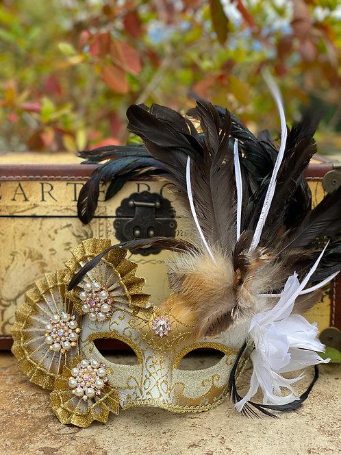 Pearl Fan Mask