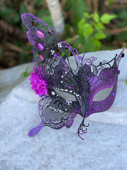 Fairy Queen Mask in Black/Purple