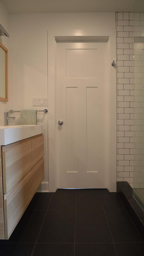 Master Bath - Entry