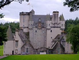 5 Haunted Castles Around the World
