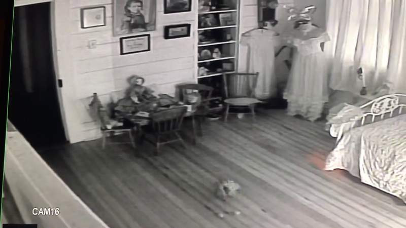 Movement in children's room at historic, haunted Texas hotel