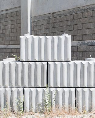 retaining wall utah blocks.jpg