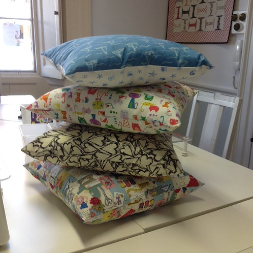 Cushion Cover with Zip with Angie 10am - 1pm Sept 17th 2021 Beginner Sewing class