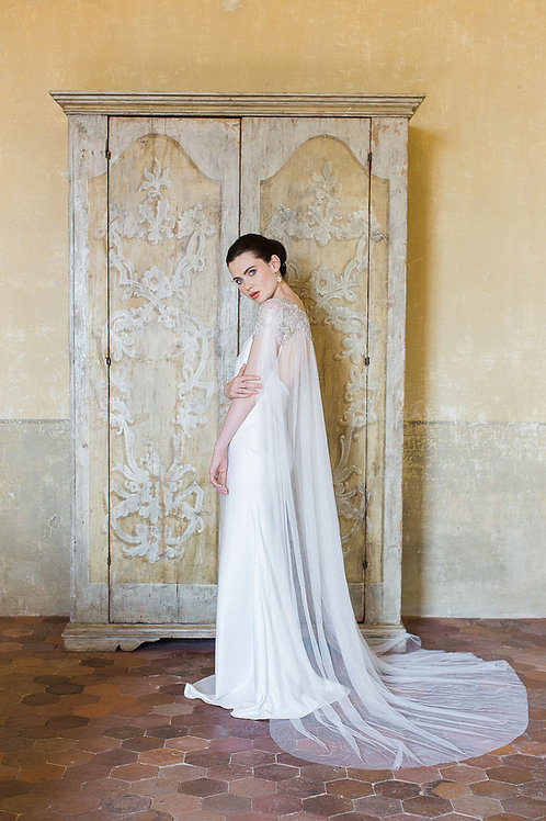 PETIT COEUR | Silk Crystal Bridal Cape