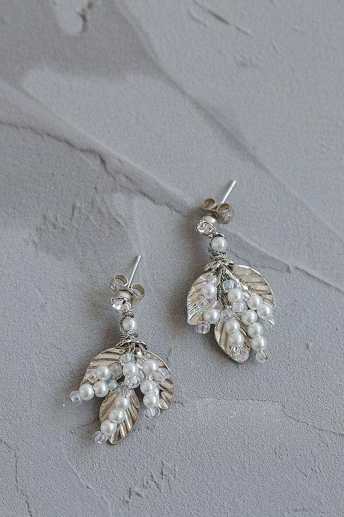 ARDEN | Pearl Vine Earrings