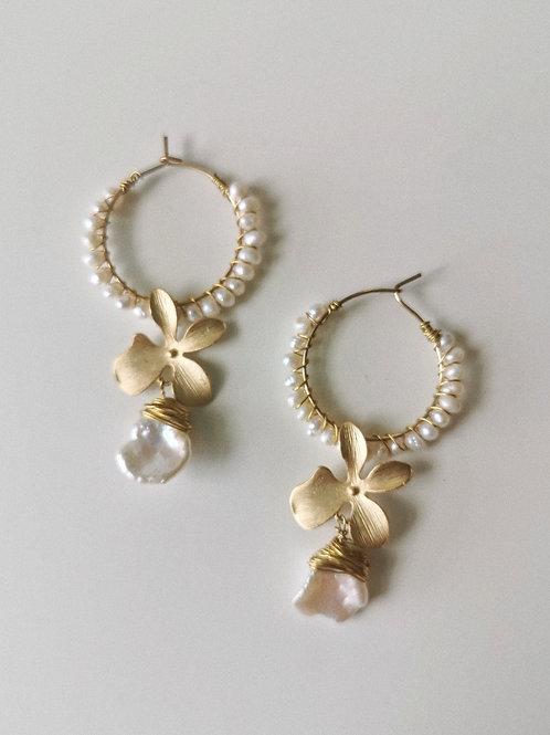 Orchidee | Pearl Flower Bridal Earrings