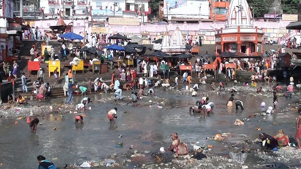 תמונה של נהר הגאנגס בהודו - הדגמה נאה לדרך להשיג ויטמין B12 טבעי…