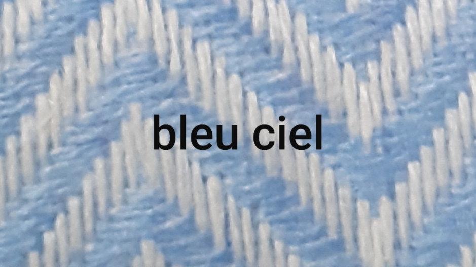 Plaid à gros chevrons bleu claire 130x250 CM