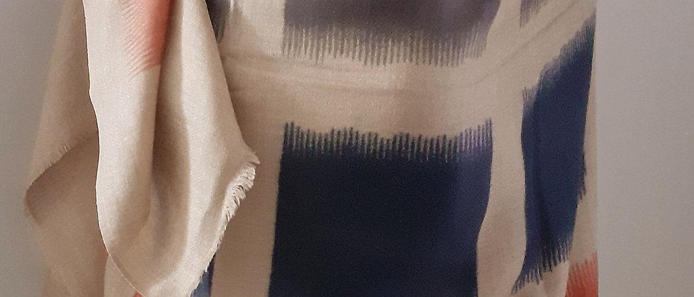 Étole à imprimés de 4 couleurs