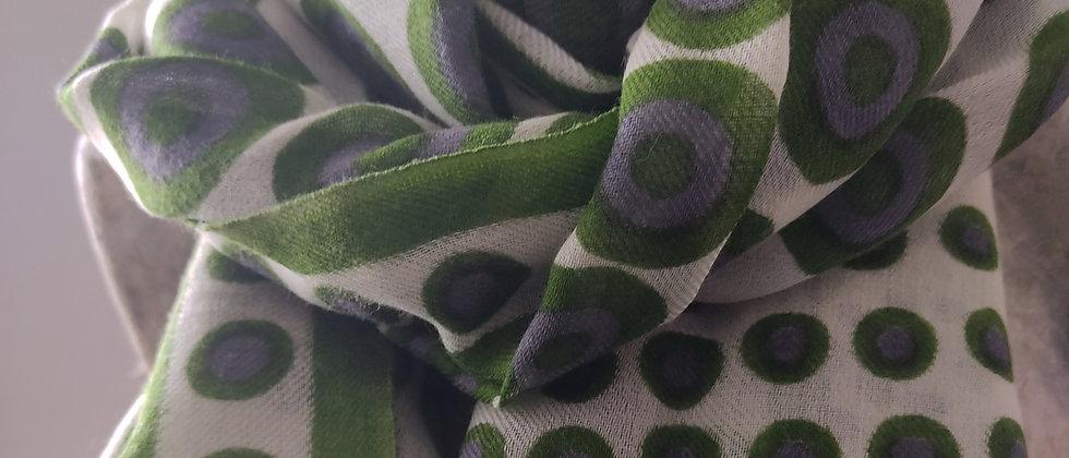 Étole avec motifs ronds verts