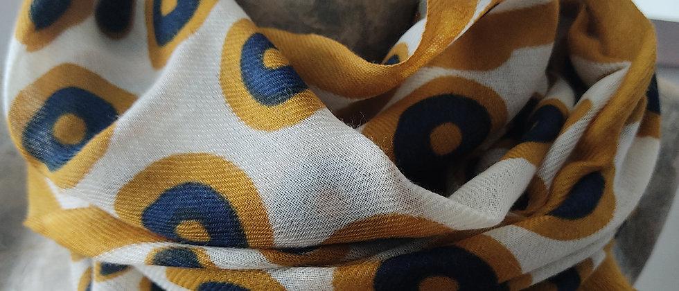 Étole avec motifs ronds moutarde