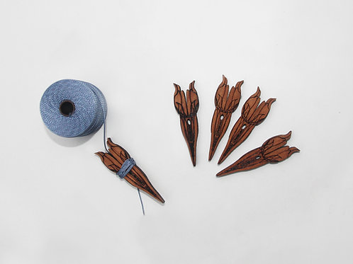 Small tulip bouquet of bobbins- 5 pack