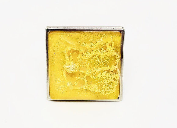 Yellow square resin ring jewelry front