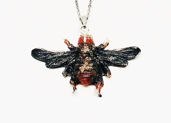 Black red gold bee resin necklace pendant jewelry front