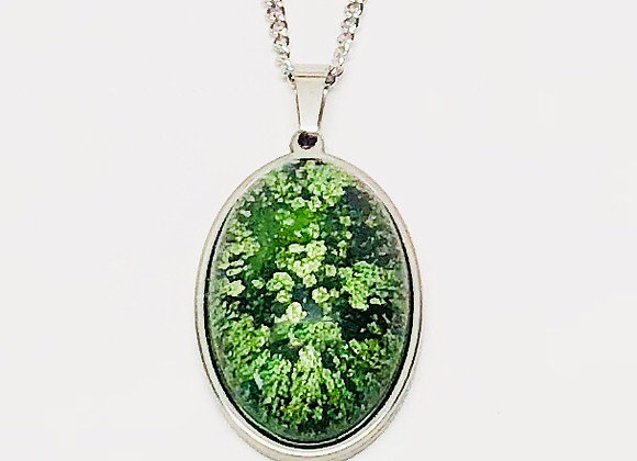 Green white black oval resin necklace pendant jewelry front